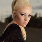Причёска с БАБЕТТОЙ maxi - причёска с постижем, золотистый блонд