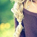 Причёска с КОСОЙ-имитацией - причёска с постижем, светлый блонд
