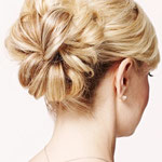Причёска с БАБЕТТОЙ classik - причёска с постижем, светлый блонд прямые волосы