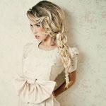 Причёска с КОСОЙ - имитацией на заколке - причёска с постижем, светлый блонд