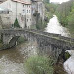 Le vieux Pont sur la Dore