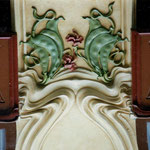 Façade Art Nouveau de l'Holiday Inn à Toulouse - Détail.