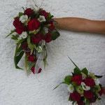 Brautstrauß mit Wurfstrauß