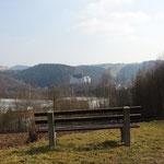 Eine andere Perspektive mit Blick auf die Burg Scharfenstein