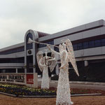 Large vine angels at ALFA corporate office.
