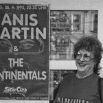 The Continentals & Janis Martin 1992 / Janis in front of the Vienna Star Club / Photo: Klaus Kettner