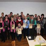 21 Mitarbeiter der Pfarrei Ast wurden beim Jahresempfang im Alten Pfarrhof für ihre Arbeit geehrt.