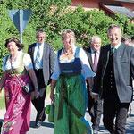 Zahlreiche Ehrengäste feierten mit der FFW Ast.