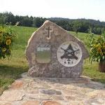 """Gedenkstein des Schützenvereins """"Tannenbaum Ast"""""""