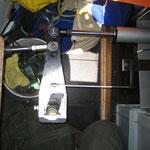 Autopilot in der Backskiste, der feste Hebel für die Steuerung soll nun mit einem Hdraulikarm ersetzt werden