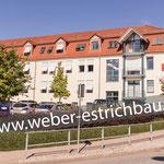 (2012) - Neubau Konferenzraum und Mittelgarage/ Parkdeck, Kreissparkasse Eichsfeld, 37339 Worbis - kugelgestrahlter Untergrund, Abdichtung gegen aufsteigende Feuchtigkeit, Schnellbinder, Zementestrich