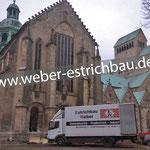 (2015) - Renovierung Domschule u. liturgische Neuanordnung des Mariendoms, 31134 Hildesheim - Reinigung Untergrund, Wärmedämmung, Grundierung, Kratzspachtelung, 2-lagige Abdichtung, Glasfaserarmierung, Zementestrich, Schnellzementestrich auf Trennlage