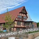 (2021) - Neubau Fachwerkhaus mit Biergarten, 37115 Duderstadt - schwimmender Zementestrich als Schnellestrich, Schweißbahn, Fundamente