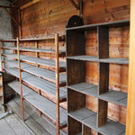 Regale für Funierholz und anderen Materialien