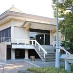 川端龍子記念館(日本画の巨匠川端龍子個人による美術館、アトリエ公開)