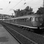 Ein ET 30 am Bahnhof Wedau.
