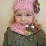 Ensemble Apfelblüte Kindermütze und LOOP