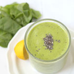 vegan green chia-lemon smoothie