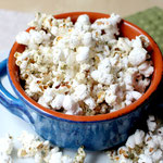 Homemade Sour Cream and Onion Popcorn
