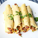 Vegetarian chili cheese taquitos