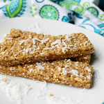 Chewy vegan coconut granola bars