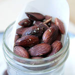homemade savory roasted almonds - by homemade nutrition - www.homemadenutrition.com