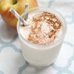 Healthy Apple Pie Breakfast Smoothie