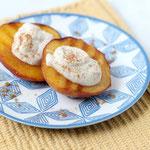 grilled peaches with sweet greek yogurt and cinnamon