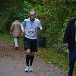 Völlig am Ende, aber noch so viele Kilometer vor einem; beim Bramfelder Halbmarathon 2013 lief es einfach nicht!