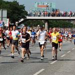 Hella-Halbmarathon 2008 Richtung Landungsbrücken
