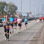 Dei Anstrengung ist ins Gesicht geschrieben (Quelle: www.laufen-in-hamburg.de)