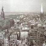 Vom Turm der Nikolaikirche 1943.