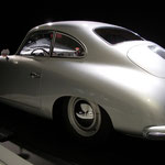 Porschemuseum Spitzkehre-online