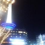 電気が有り余っている京都駅前