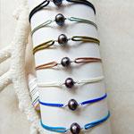 bracelet de l'amitié, pierres ou perles et cordon ajustable
