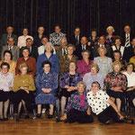Maria mit Schulkameraden bei der 70er Feier im Jahre 1995