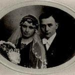 Ännchen, eine junge Verwandte: Veronika Zimmer (mit Bräutigam)