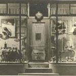 Ladenfront 1933