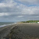 Der Strand ist zurzeit nicht sehr begehrt. Windig und kühl