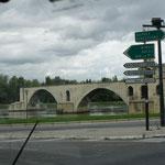 sur le pond d'Avignon