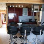 Küche / Essbereich mit Induktionsh., Backofen, Mikrowelle, Abwaschmaschiene