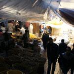 Souk in den Gassen der Medina