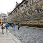 Mauer beim Schlossplatz