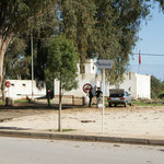 Grenze zu Algerien. Gruss an Pi