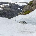 CS Independent viel Schnee im August auf 850m ü M