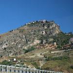 Erster Blick auf Taormina, ob es hier Bauvorschriften gibt