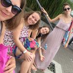 Mirka, Nadine, Lena und ich In Quepos