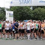Großes Halbmarathon-Teilnehmerfeld mit weit über 200 Läufern