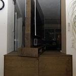 Wohnzimmerschrank mit  Drehfuß 180 Grad drehbar