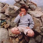 Renaud au sommet de l'Ossau (Bernard son père n'a pas oublié le champagne)